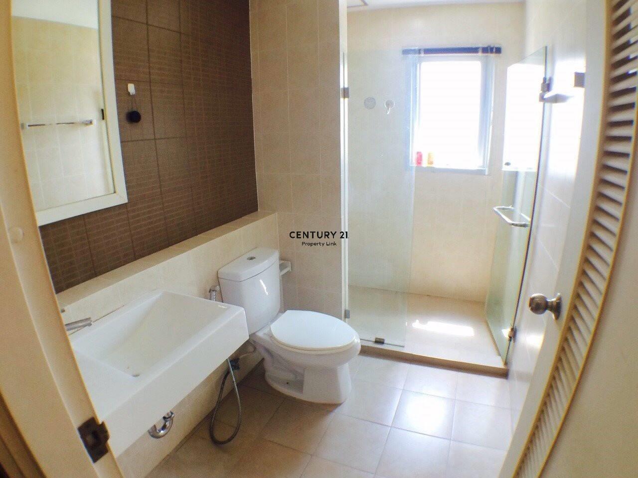 Century21 Property Link Agency's 38-CC-61645 Ivy River @ Rat Burana Chao Phraya River View Corner room 4