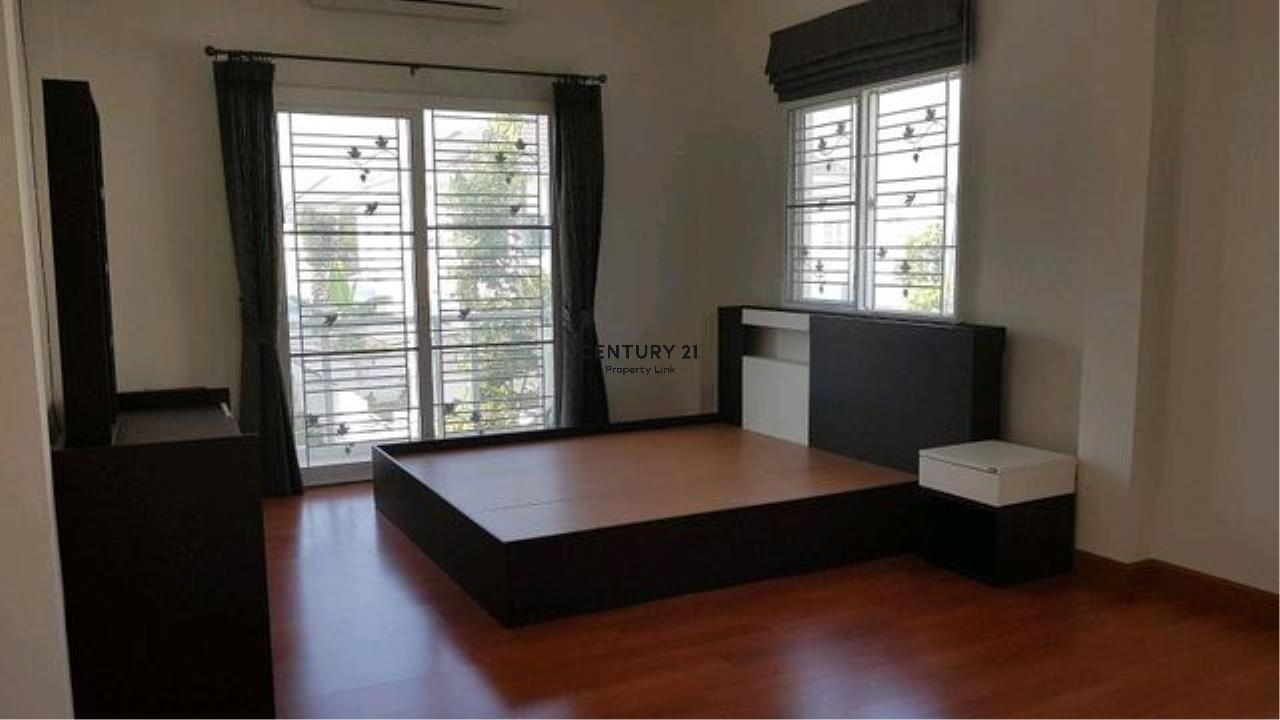 Century21 Property Link Agency's 38-HH-61070 single House @Kanchanapisek near Central Westgate 6