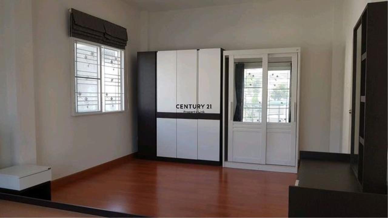 Century21 Property Link Agency's 38-HH-61070 single House @Kanchanapisek near Central Westgate 7