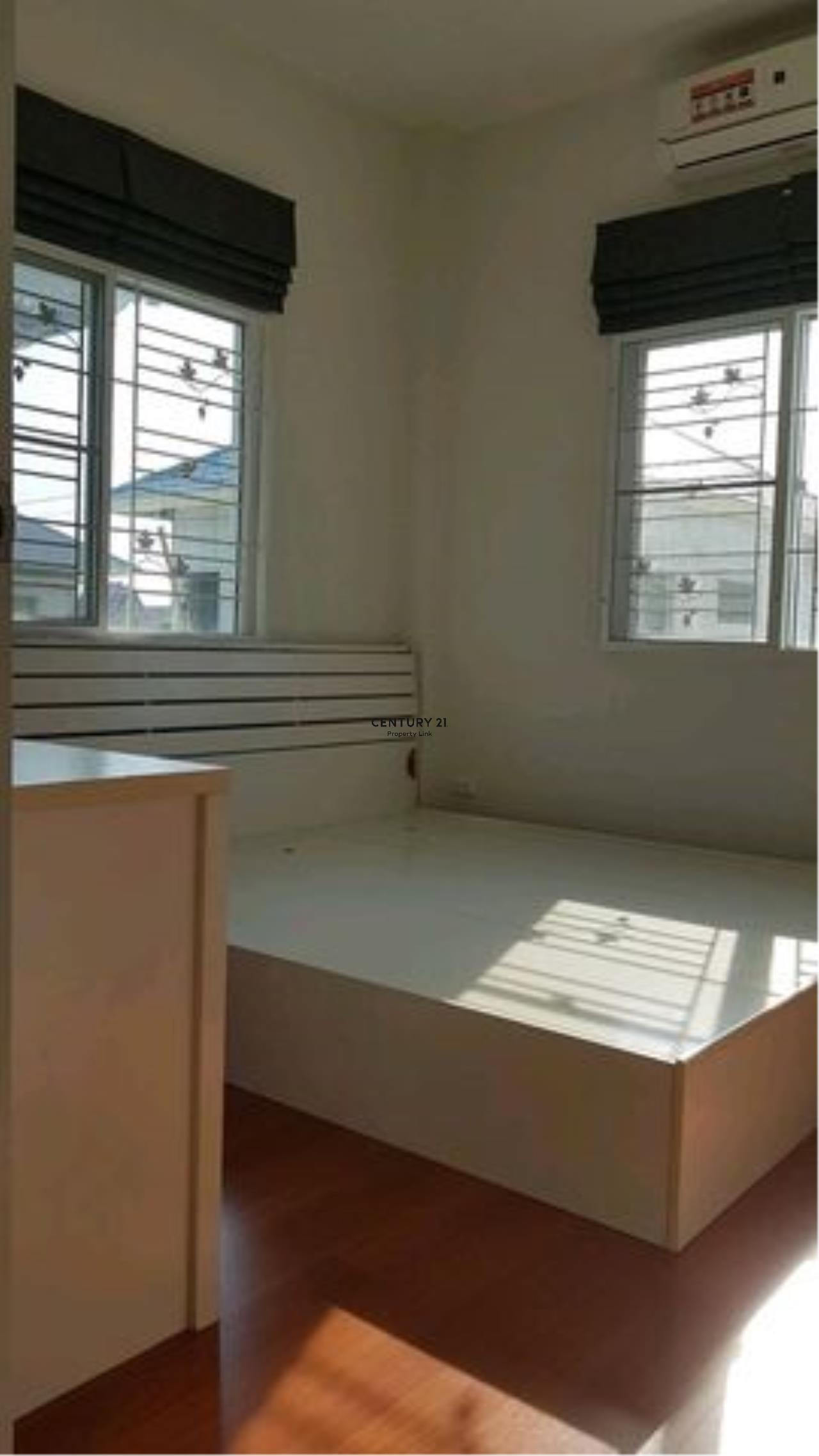 Century21 Property Link Agency's 38-HH-61070 single House @Kanchanapisek near Central Westgate 8