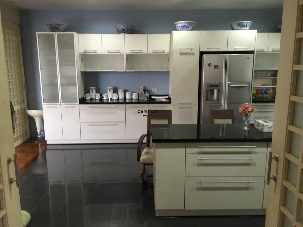 Century21 Property Link Agency's 38-HH-61076 A Big Single House @Khlong Luang Fully Furnished near Wang Noi Market Rajamangala University 9