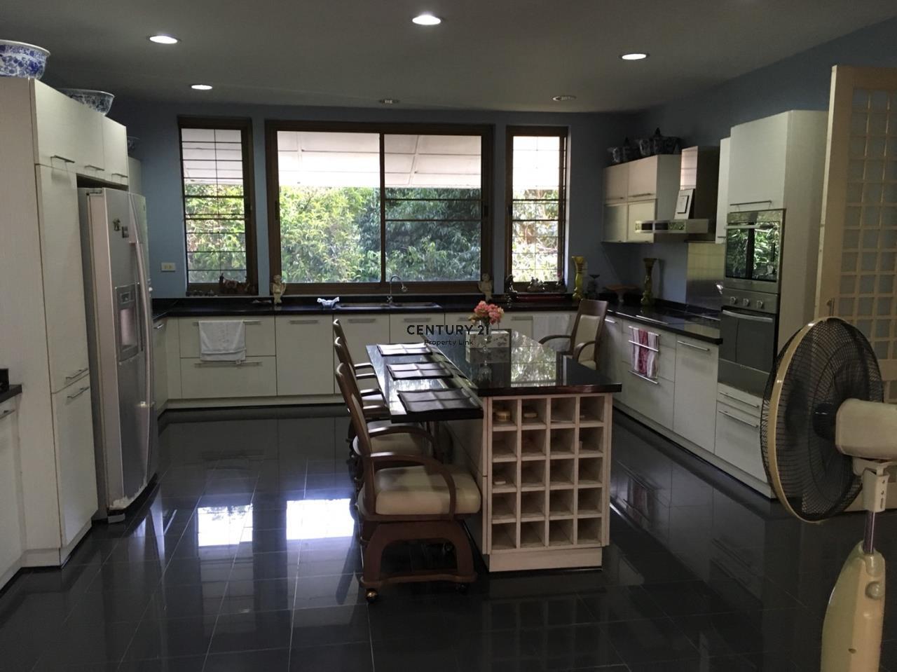 Century21 Property Link Agency's 38-HH-61076 A Big Single House @Khlong Luang Fully Furnished near Wang Noi Market Rajamangala University 10