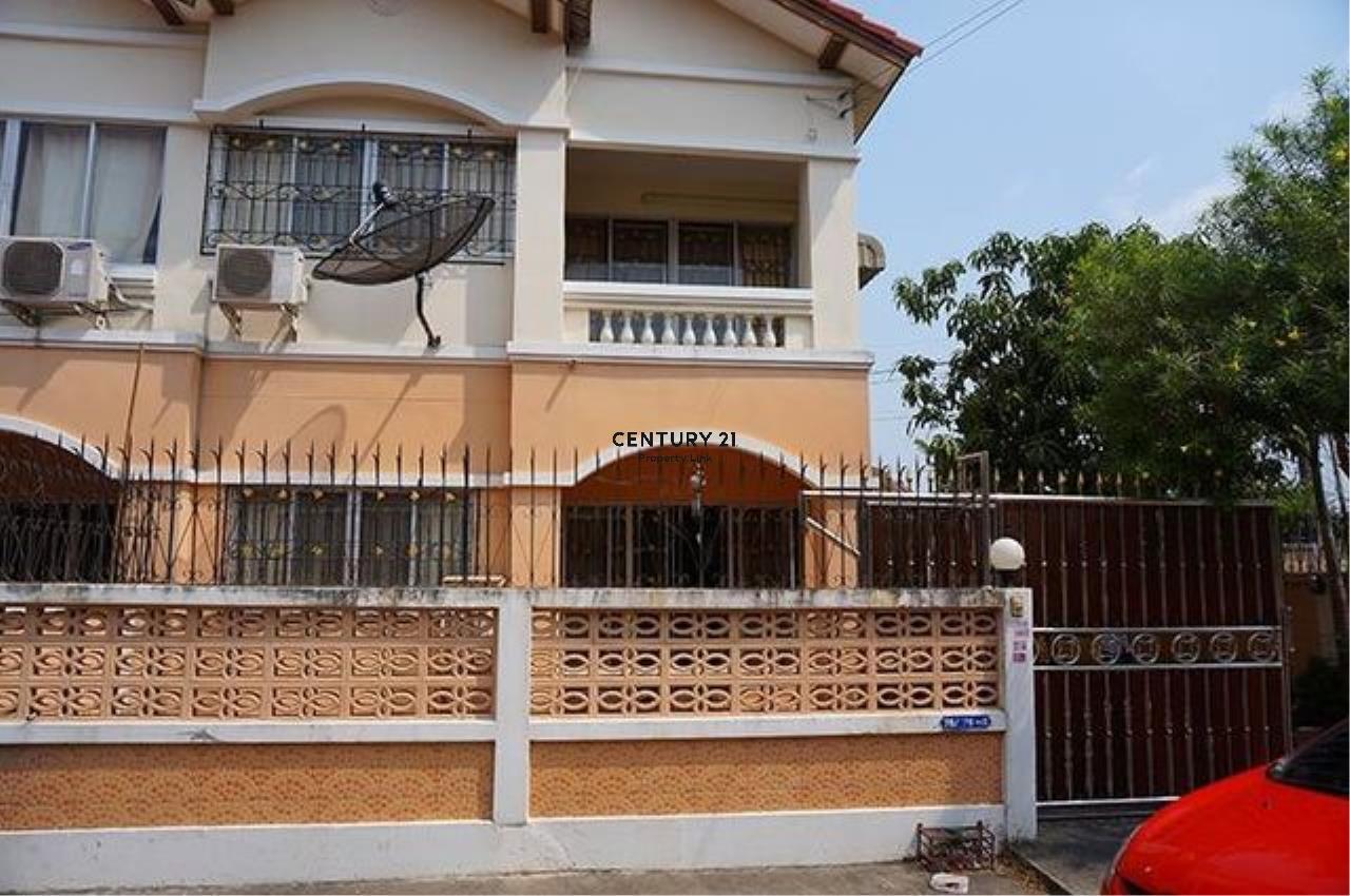 Century21 Property Link Agency's 38-TH-61045 Townhouse 2 Storeys @Phetkasem Soi 106 near Southeast Asia University  1