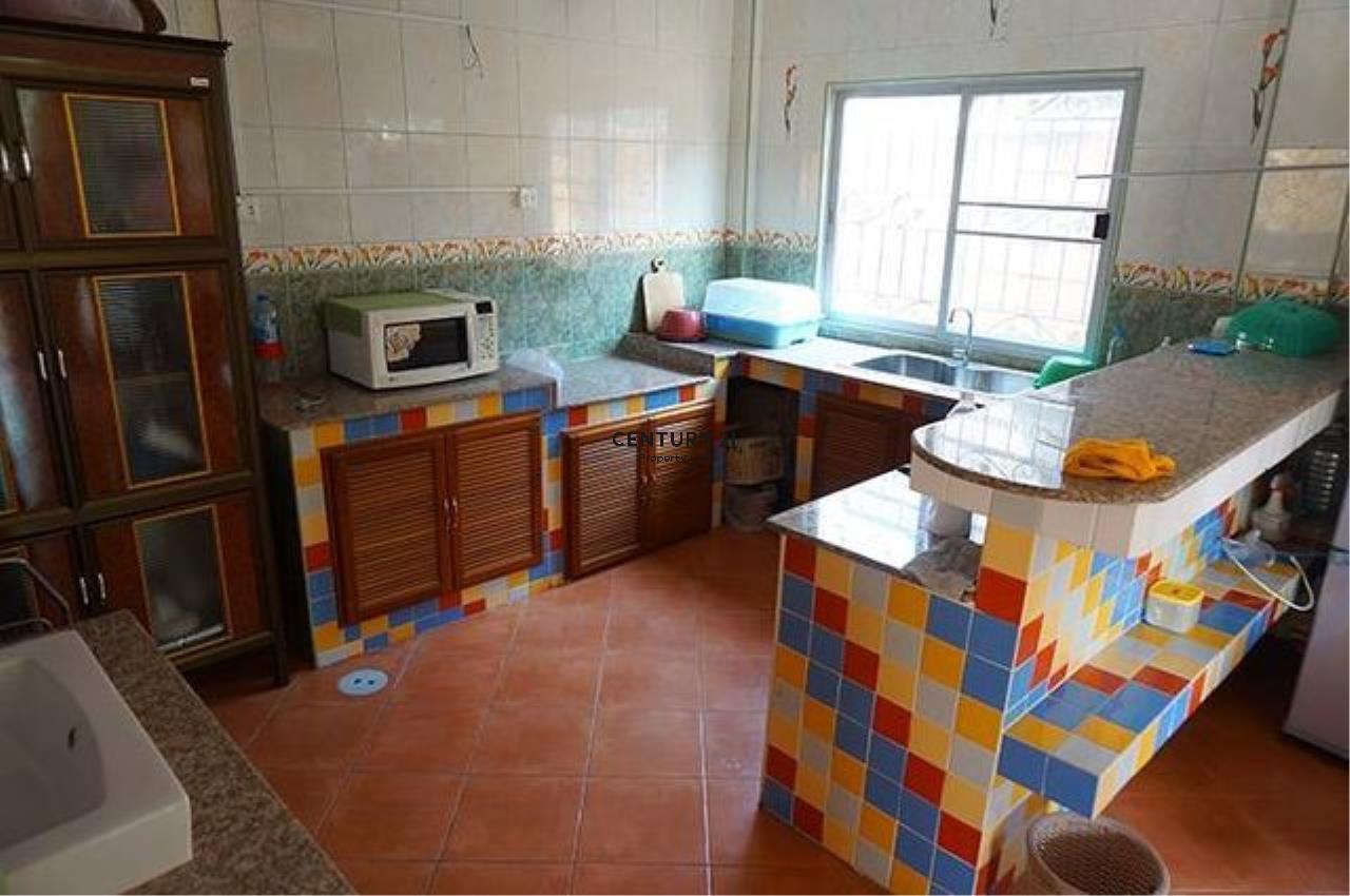 Century21 Property Link Agency's 38-TH-61045 Townhouse 2 Storeys @Phetkasem Soi 106 near Southeast Asia University  6