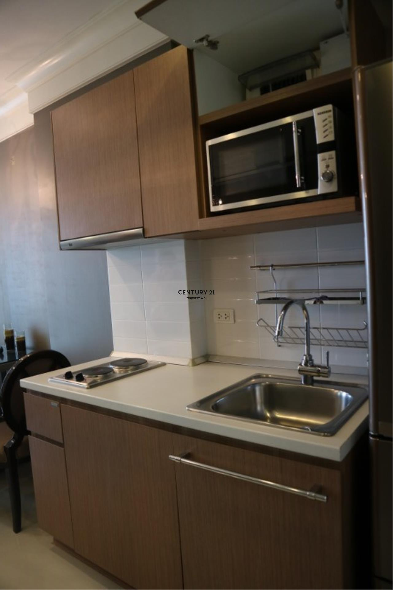 Century21 Property Link Agency's 39-CC-61179 Ideo Mix Phaholyothin Near BTS Saphan Kwai Phaholyothin Road.Room For Sale 1 Bedroom Sale price 5 MB.  15