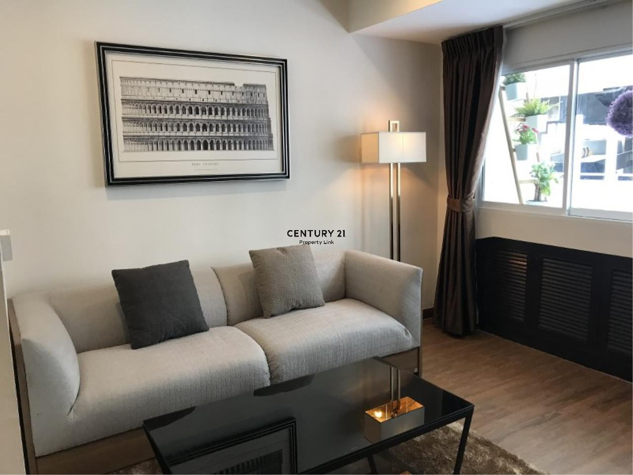 Century21 Property Link Agency's 39-CC-61281 Somkid Place Near BTS Chit Lom Sukhumvit road. Room for Sale Duplex 2 Bedroom Selling price 9MB. 5