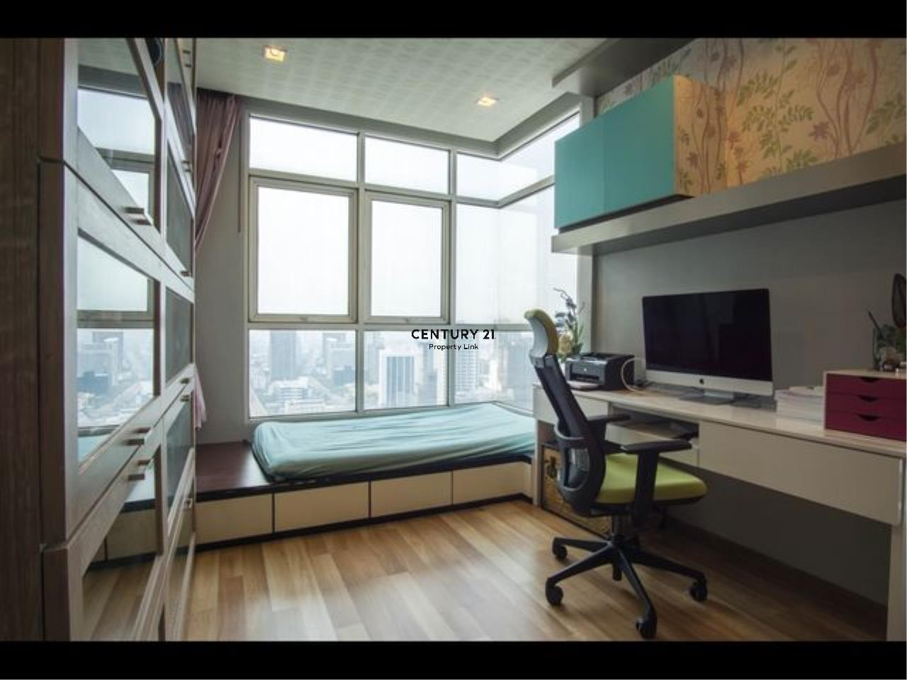 Century21 Property Link Agency's 39-CC-61435 Ideo Verve Ratchaprarop Room For Sale 2 Bedroom Nearby @ Ratchaprarop Airport Rail Link BTS Phaya Thai Sale price 9.7 MB.   4