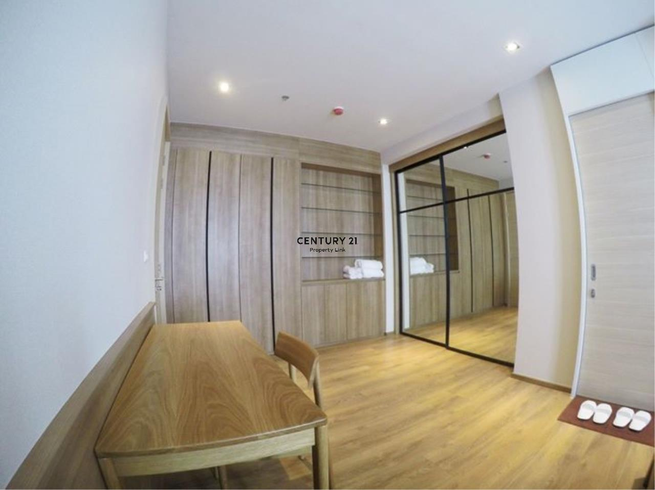 Century21 Property Link Agency's 39-CC-61514 Park 24 Room For Sale/ Rent 1 Bedroom Plus Near BTS Phrom Phong Sale price 15.45MB./ 28,000THB/ month 5