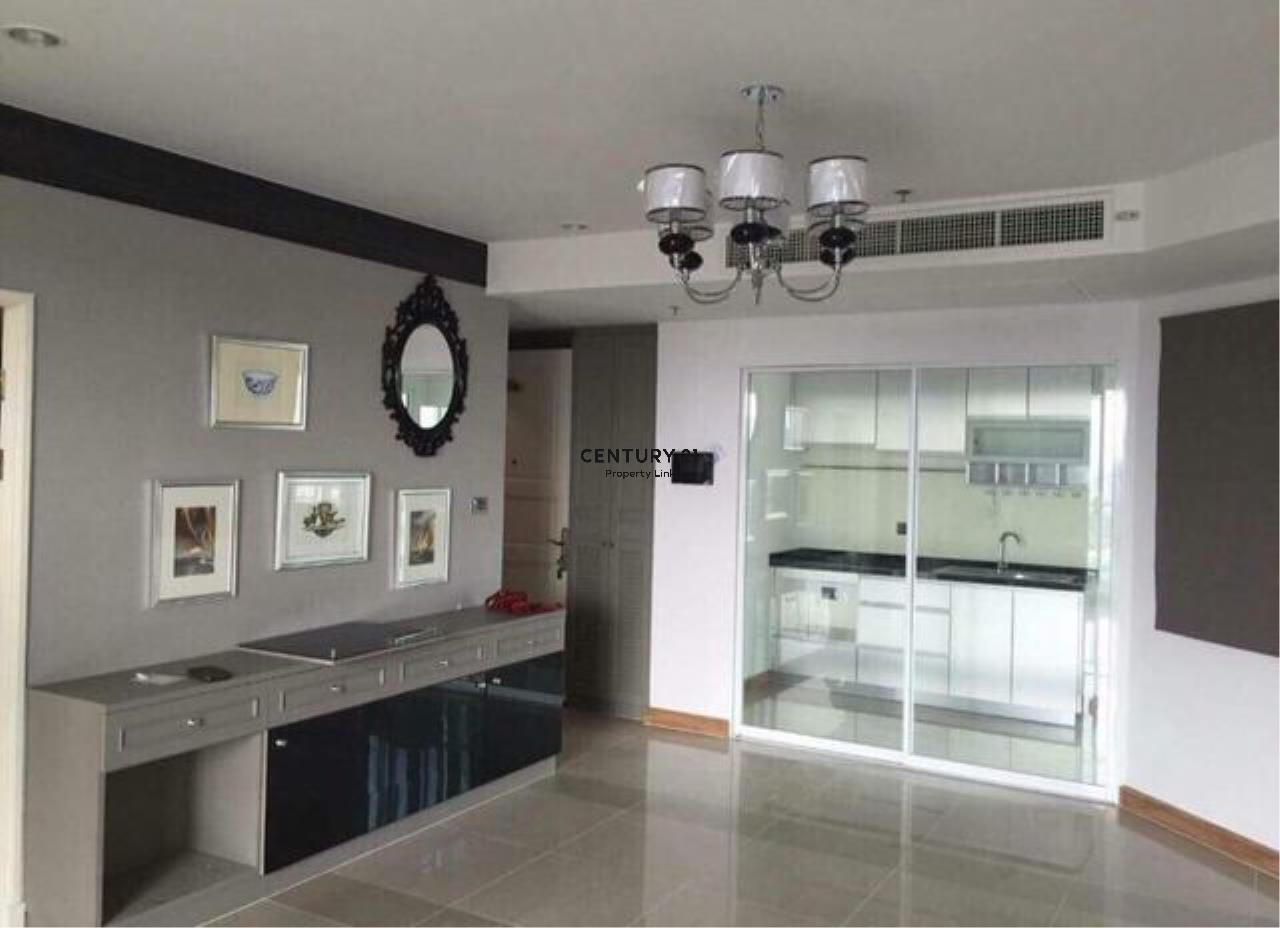 Century21 Property Link Agency's 39-CC-61543 Supalai Wellington Room For Sale/ Rent 3 Bedroom Huai Khwang  Near MRT Thailand Cultural Centre Sale price 13 MB. Rental 60k / month 2