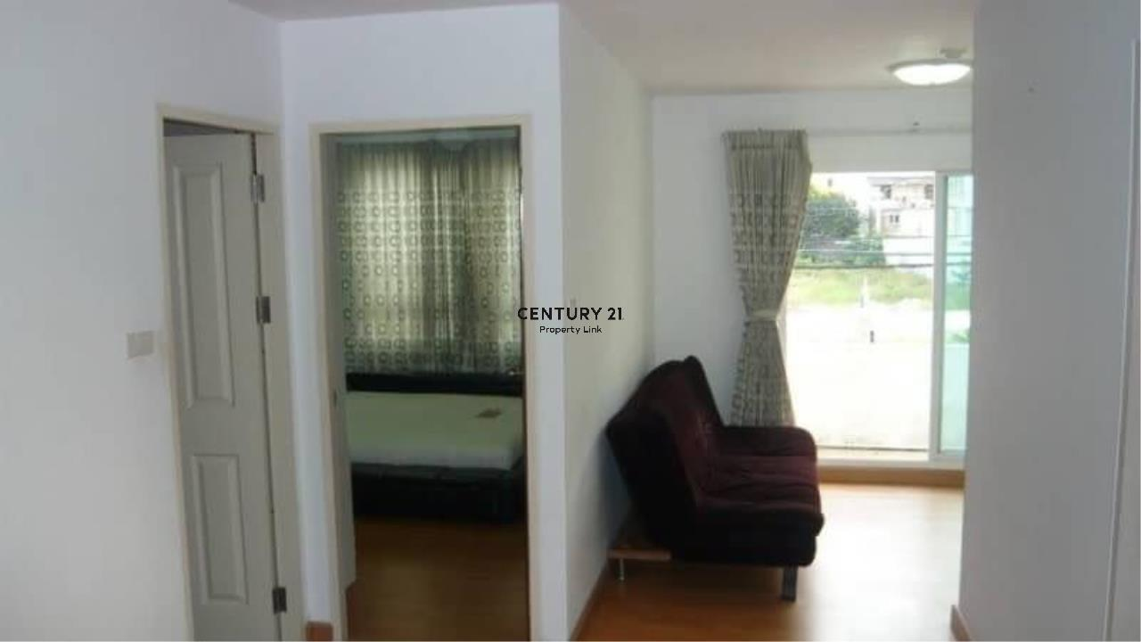 Century21 Property Link Agency's 39-CC-61545 Chateau In Town Ratchada 17 Near Huai Khwang MRT Ratchadapisek Road Room For Rent 2 Bedroom Rental 18,000THB / month  1
