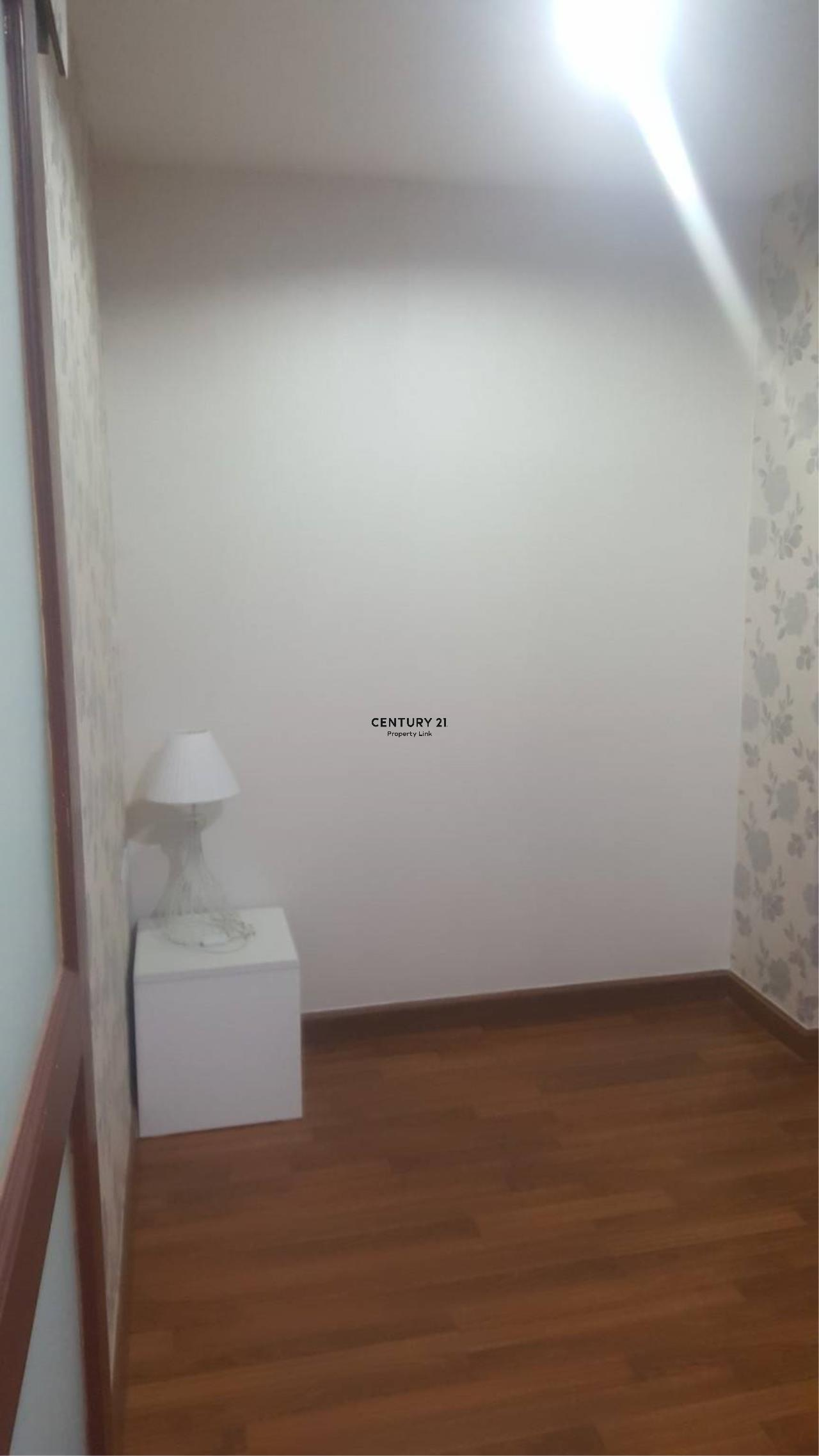 Century21 Property Link Agency's 39-CC-61595 PG Rama IX condo for Sale / Rent Condo Bangkok Near MRT RAMA 9 Sale Price 3M. / Rental 14,500 THB.  9