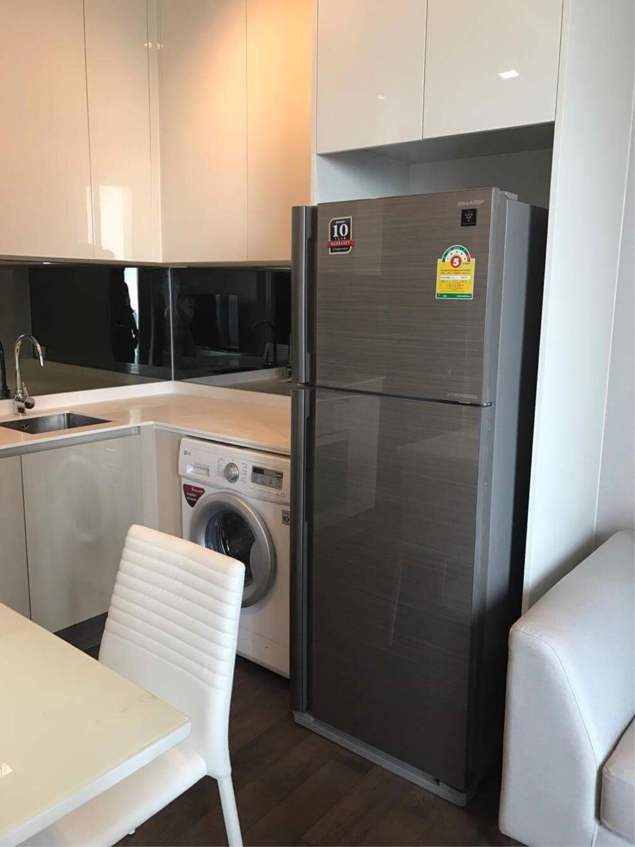 First Choice Properties by Su Agent Agency's BS015 Q Asoke forRent 24,000 baht  4