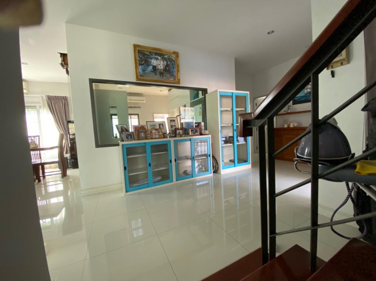 Su Agent Co.,Ltd Agency's BS048 Tanapirom Navanakorn for sale 11 MB 22