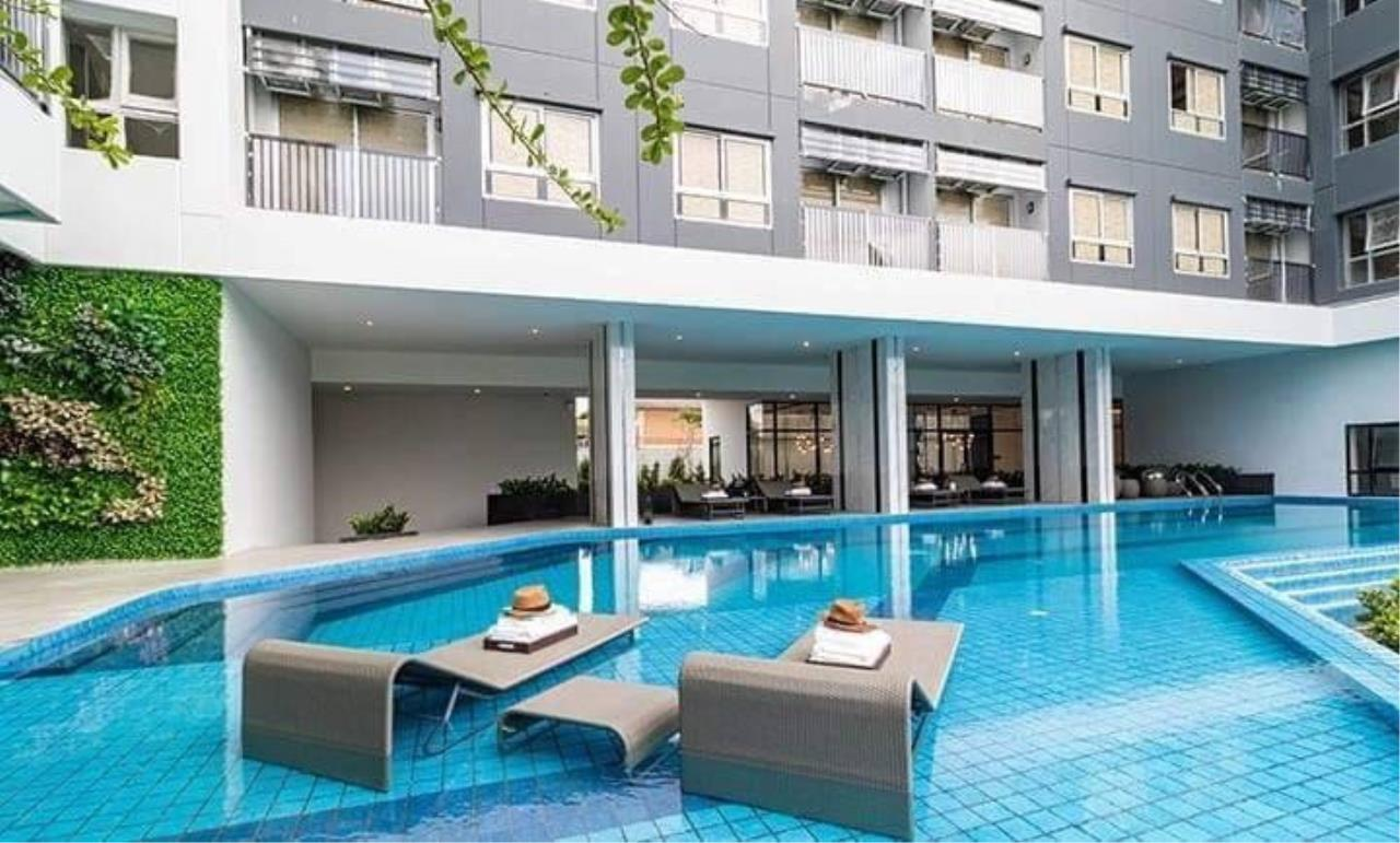 First Choice Properties by Su Agent Agency's KP026 Notting Hill Sukhumvit -Praksa for rent 7,500/month 23.5 sq.m. 1