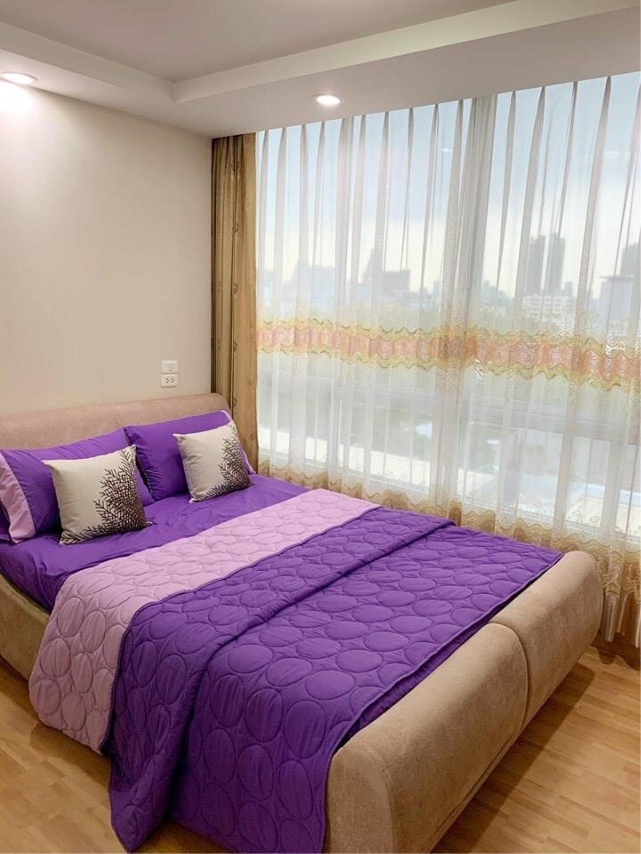 First Choice Properties by Su Agent Agency's KP037 RATCHADA CITY 18 for sale 1.87 M. 1bedroom. 34 sq.m. @MRT Huai Khwang 2