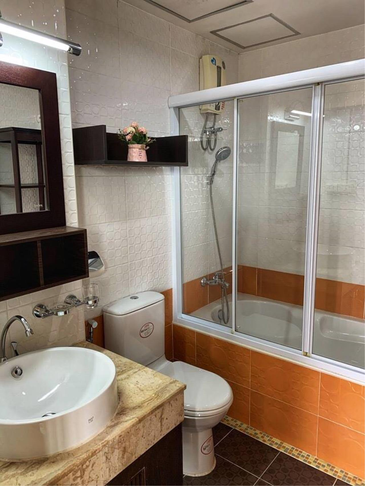 First Choice Properties by Su Agent Agency's KP037 RATCHADA CITY 18 for sale 1.87 M. 1bedroom. 34 sq.m. @MRT Huai Khwang 8