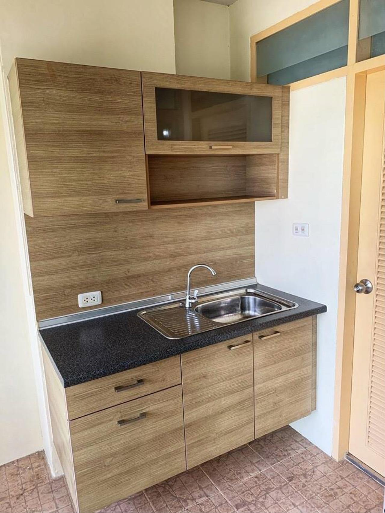 First Choice Properties by Su Agent Agency's KP037 RATCHADA CITY 18 for sale 1.87 M. 1bedroom. 34 sq.m. @MRT Huai Khwang 11