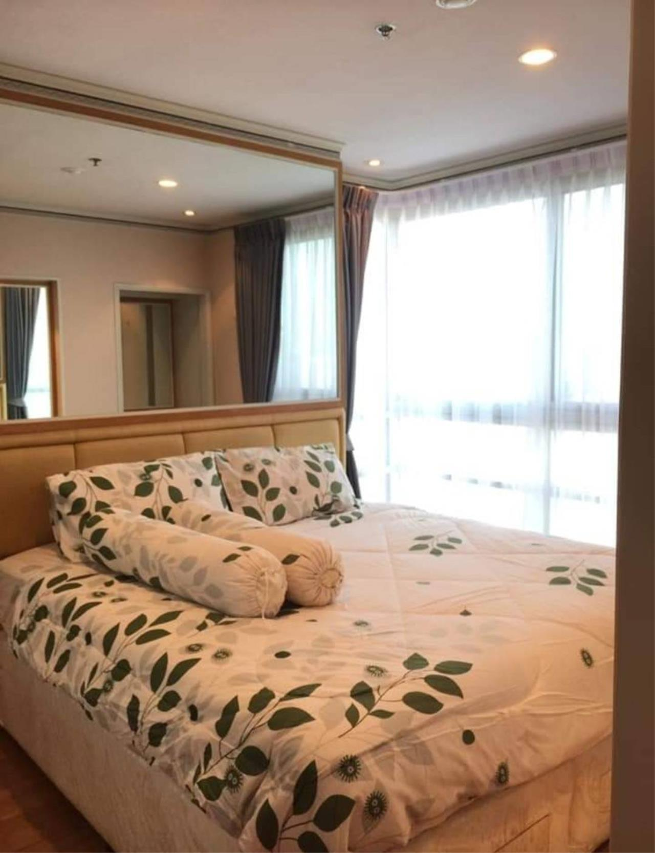 First Choice Properties by Su Agent Agency's S240  SATHORN HOUSE for rent 22,000/month 1bedroom  54 sq.m. 2