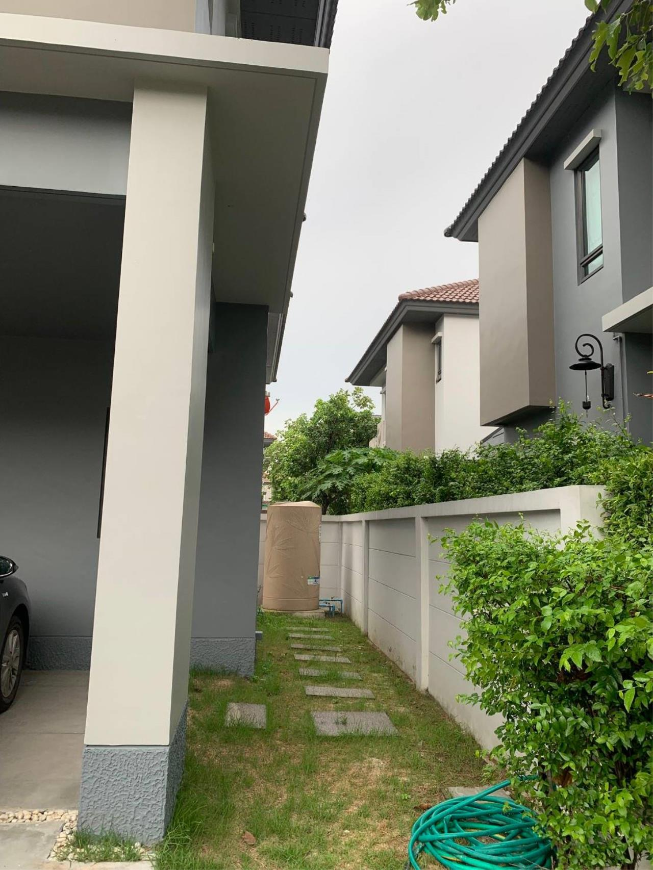 First Choice Properties by Su Agent Agency's S241  Life Bangkok Boulevard Wongwaen – Rama 9 sale 8.5 MB  51 sq.w.  4bedroom 2