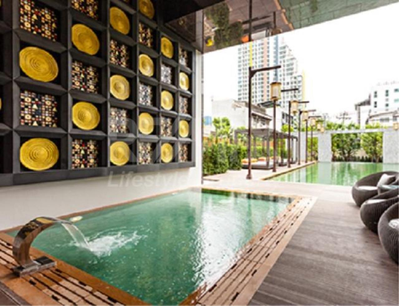 RE/MAX LifeStyle Property Agency's The Address Sathorn 1