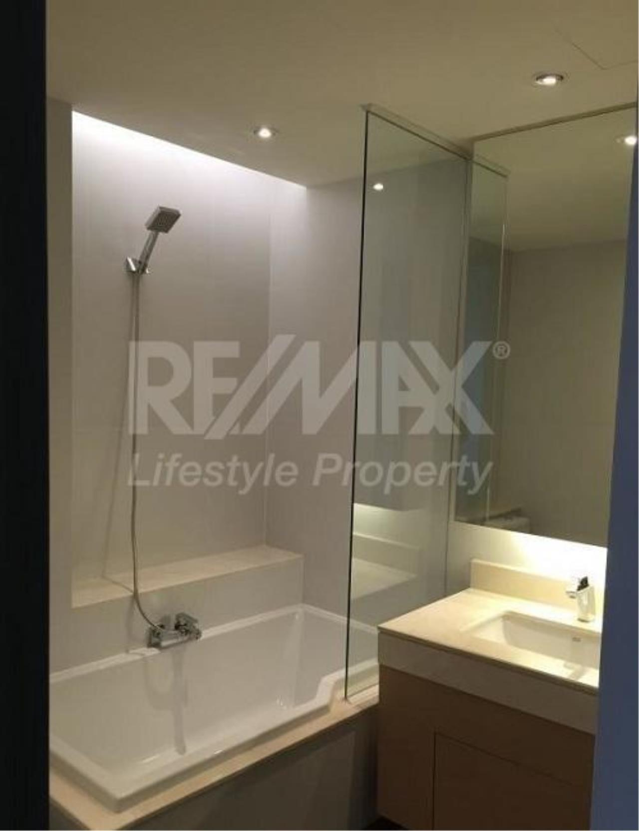 RE/MAX LifeStyle Property Agency's Tidy Deluxe Sukhumvit 34 3