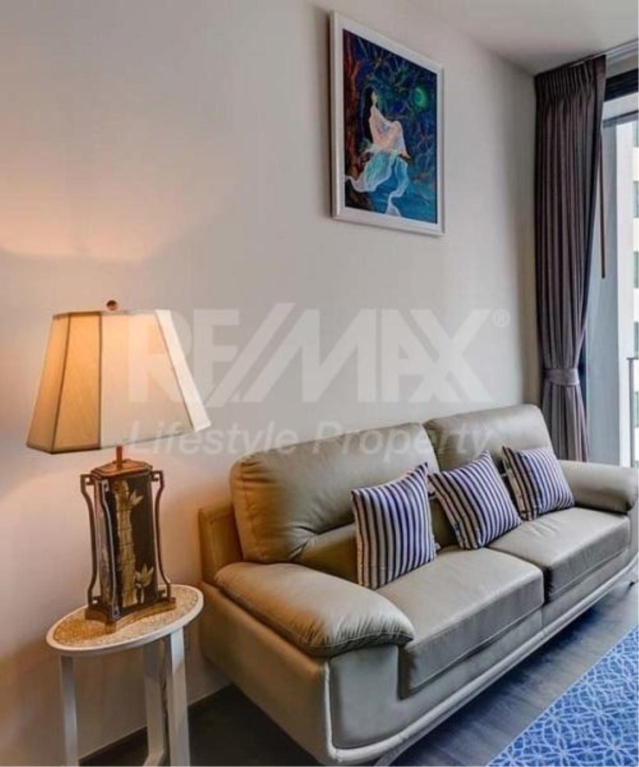 RE/MAX LifeStyle Property Agency's Edge Sukhumvit 23 1