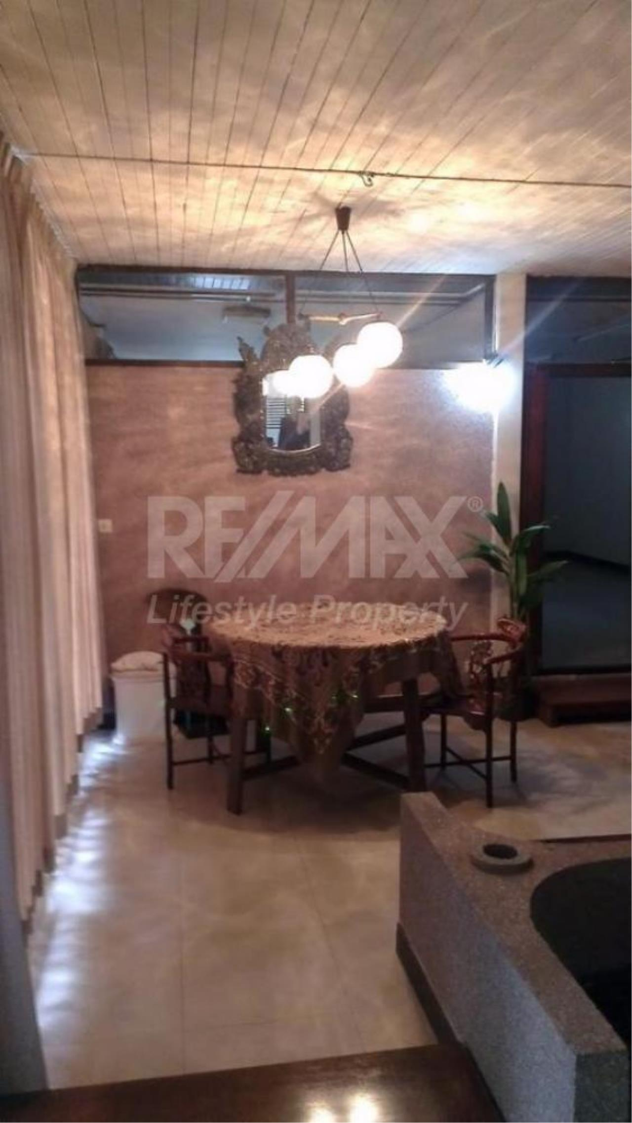 RE/MAX LifeStyle Property Agency's House Sukhumvit 101 18