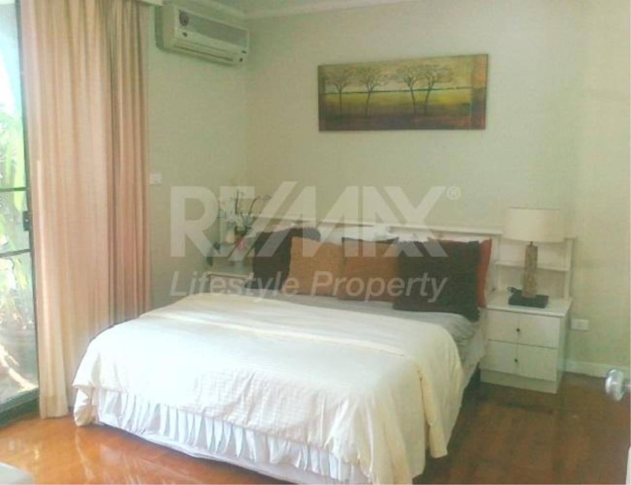 RE/MAX LifeStyle Property Agency's Baan Na Varang 9