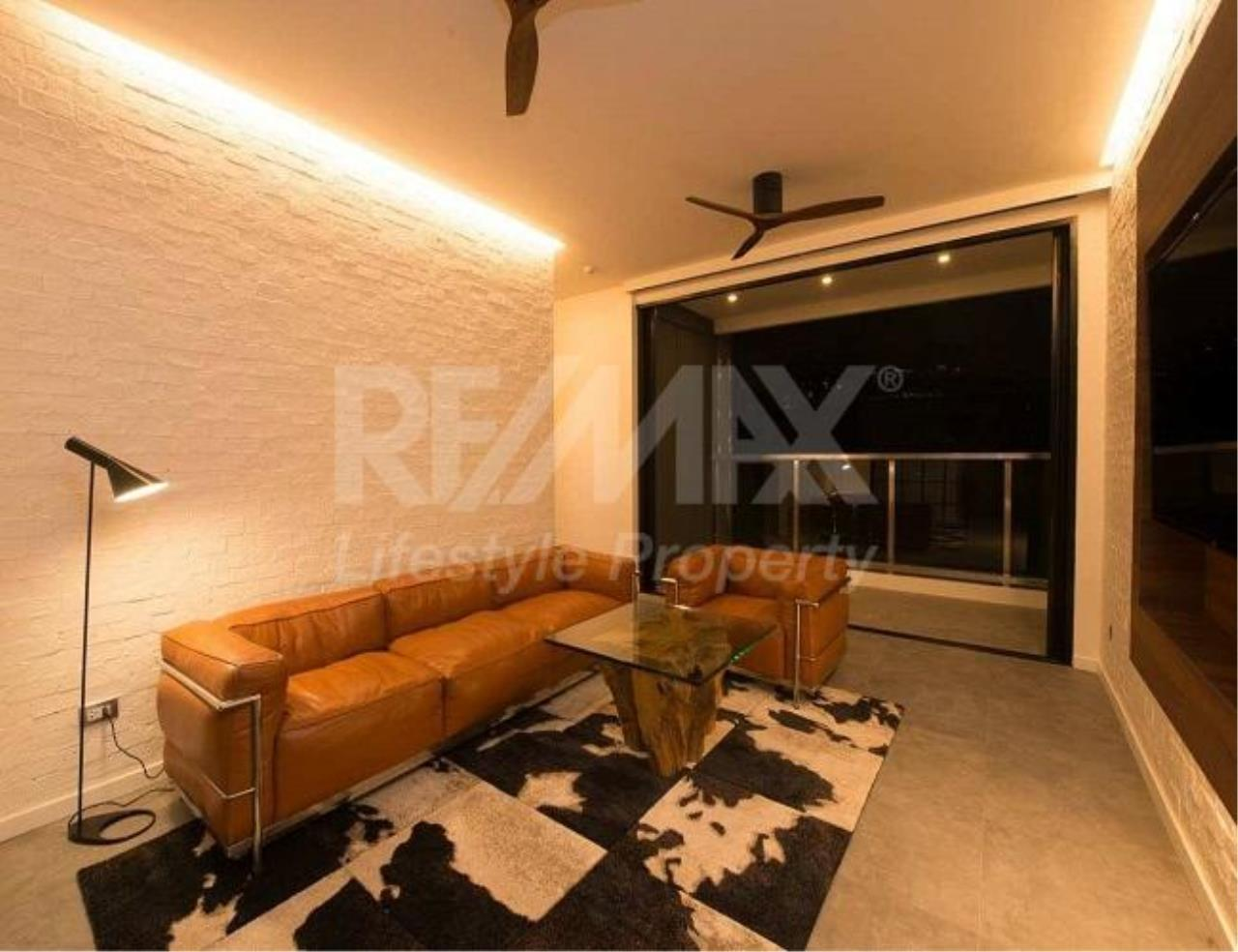 RE/MAX LifeStyle Property Agency's Penthouse Condominium 5
