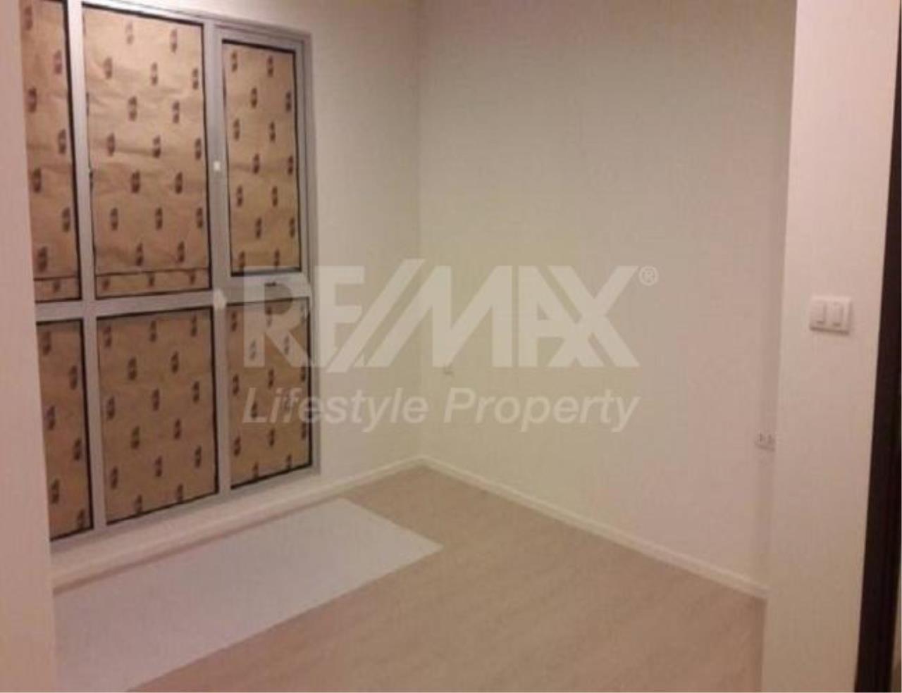 RE/MAX LifeStyle Property Agency's Rhythm Sathorn - Narathiwas 6