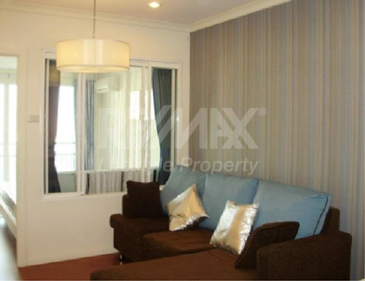 RE/MAX LifeStyle Property Agency's Grand Park View 5