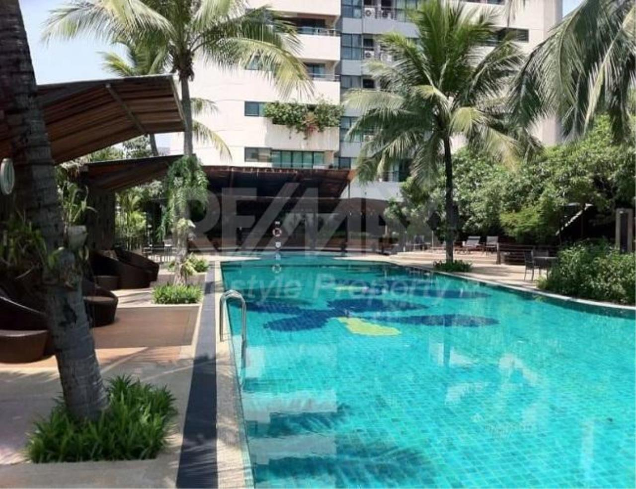 RE/MAX LifeStyle Property Agency's Sathorn Gardens 1
