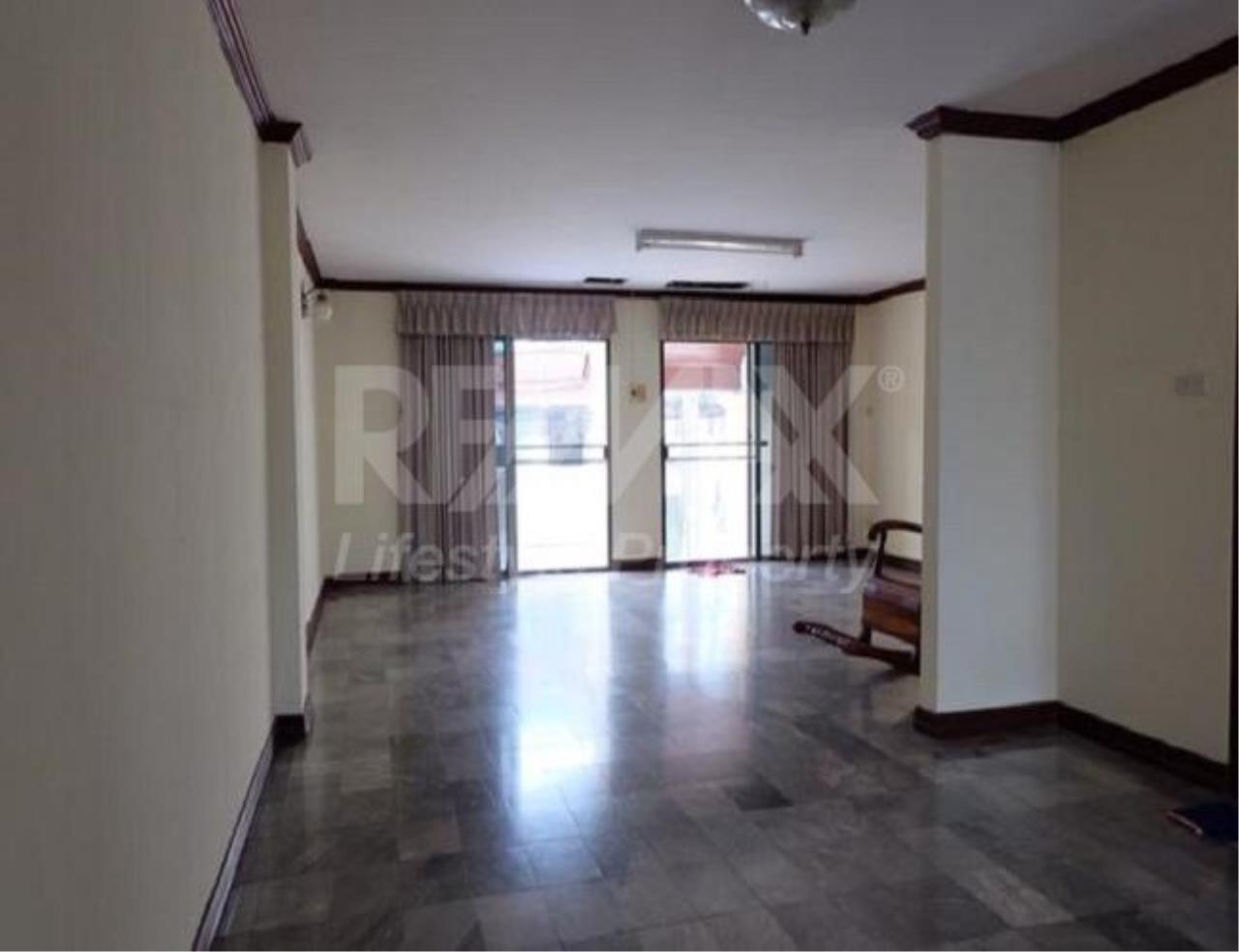 RE/MAX LifeStyle Property Agency's Town House Bangna-Srinakharin 8