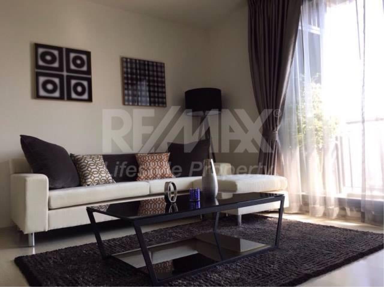 RE/MAX LifeStyle Property Agency's Rhythm Sukhumvit 42 3