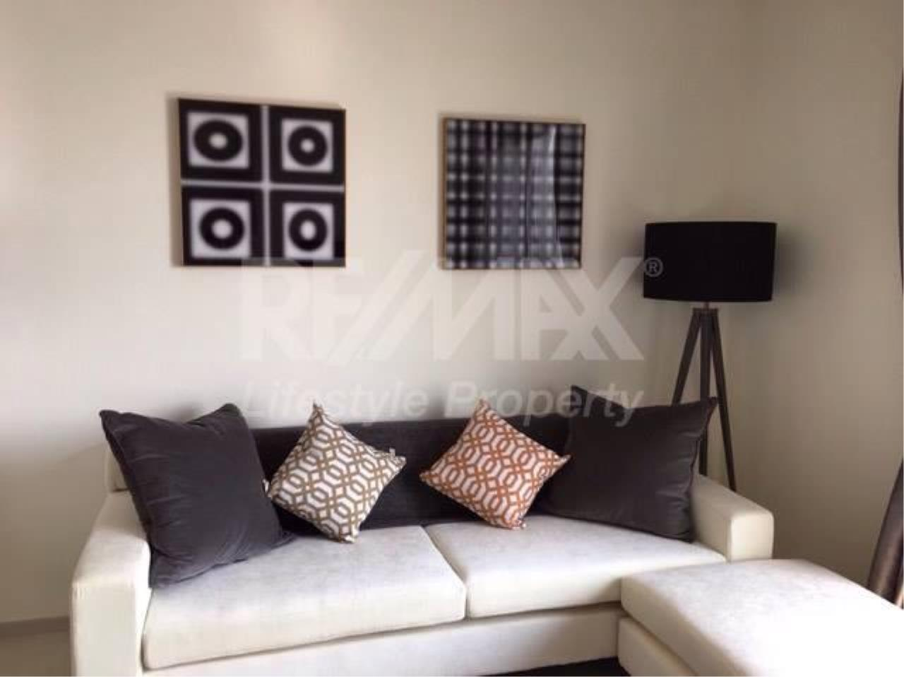 RE/MAX LifeStyle Property Agency's Rhythm Sukhumvit 42 4