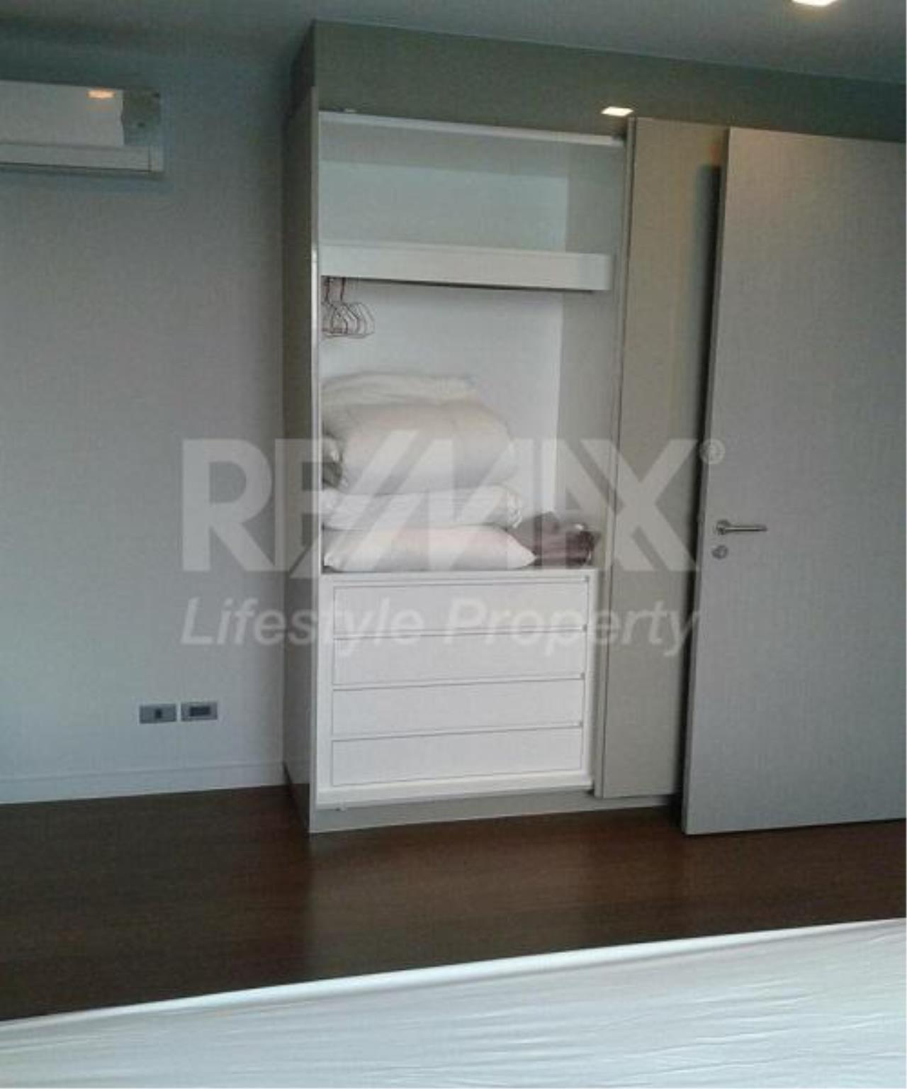 RE/MAX LifeStyle Property Agency's M Silom 4