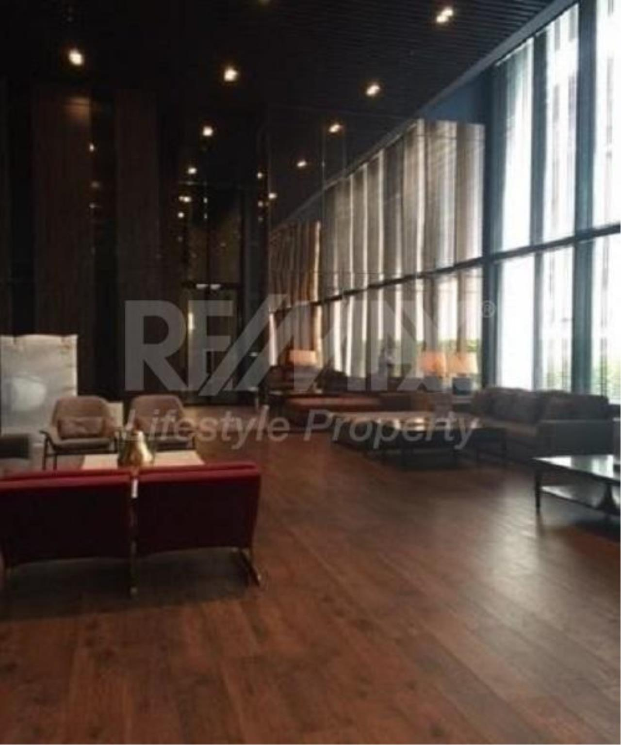 RE/MAX LifeStyle Property Agency's Noble Ploenchit 6