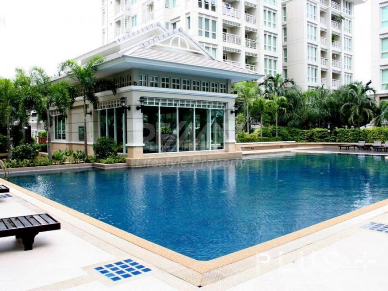 RE/MAX LifeStyle Property Agency's The Bangkok Narathiwas Ratchanakarint 8
