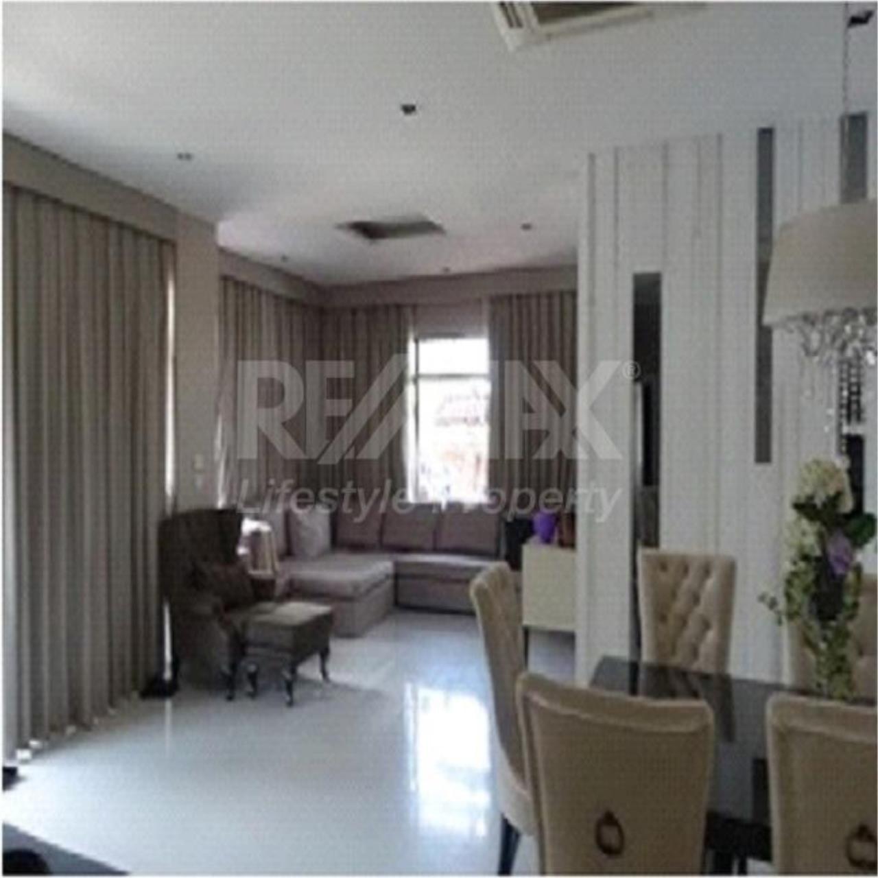RE/MAX LifeStyle Property Agency's House narasiri hideaway Nawamin Soi111 10
