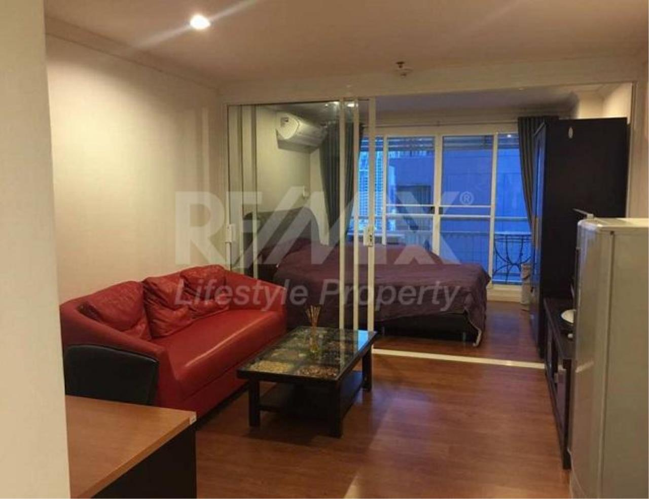 RE/MAX LifeStyle Property Agency's Grand Park View Asoke 9