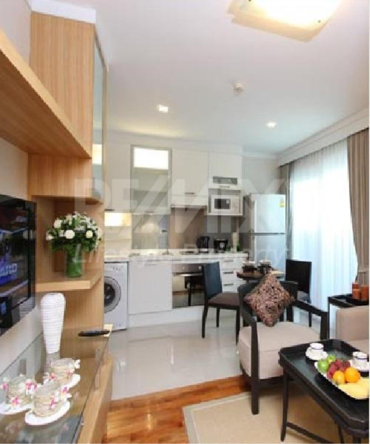 RE/MAX LifeStyle Property Agency's Apartment Thonglor 7