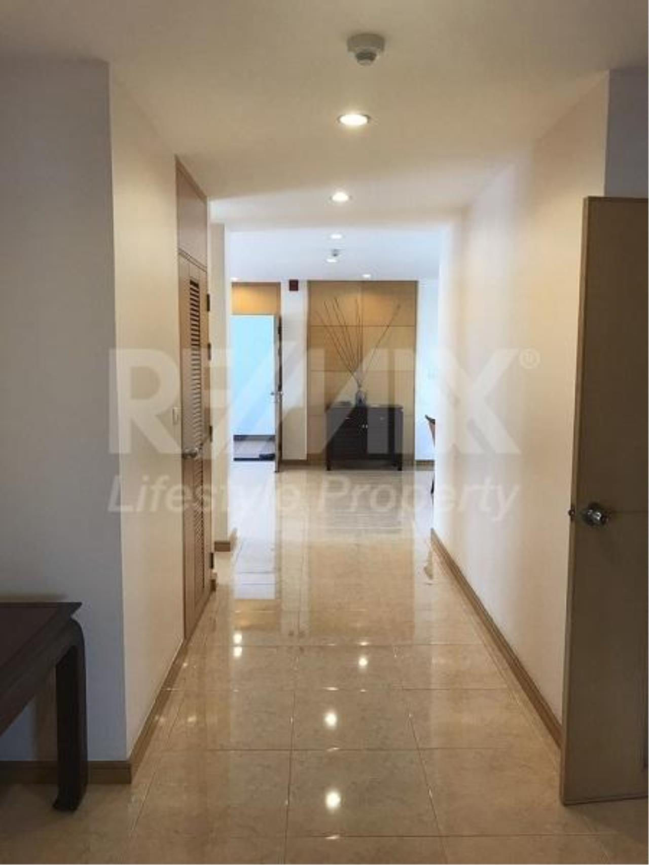 RE/MAX LifeStyle Property Agency's Esmeralda Apartments 17