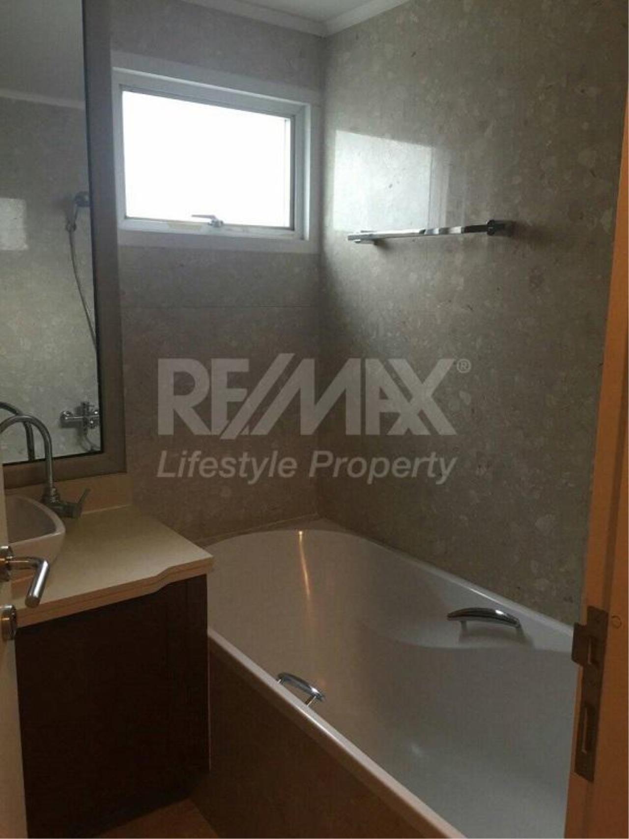 RE/MAX LifeStyle Property Agency's Baan Siri Ruedee 4