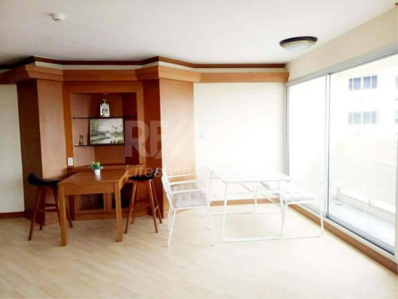 RE/MAX LifeStyle Property Agency's Tai Ping Towers 2