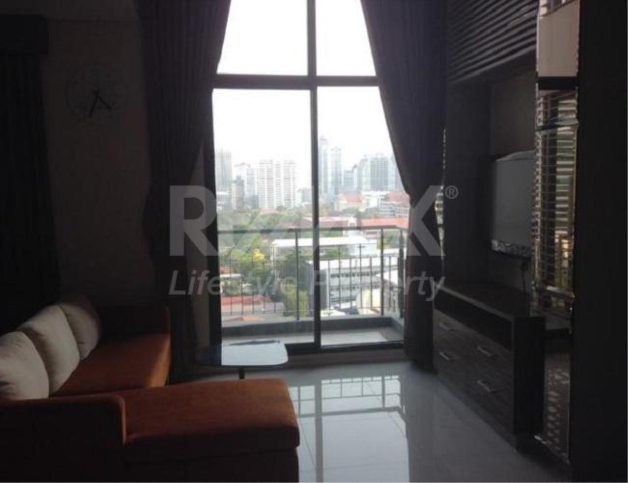 RE/MAX LifeStyle Property Agency's Villa Asoke 4