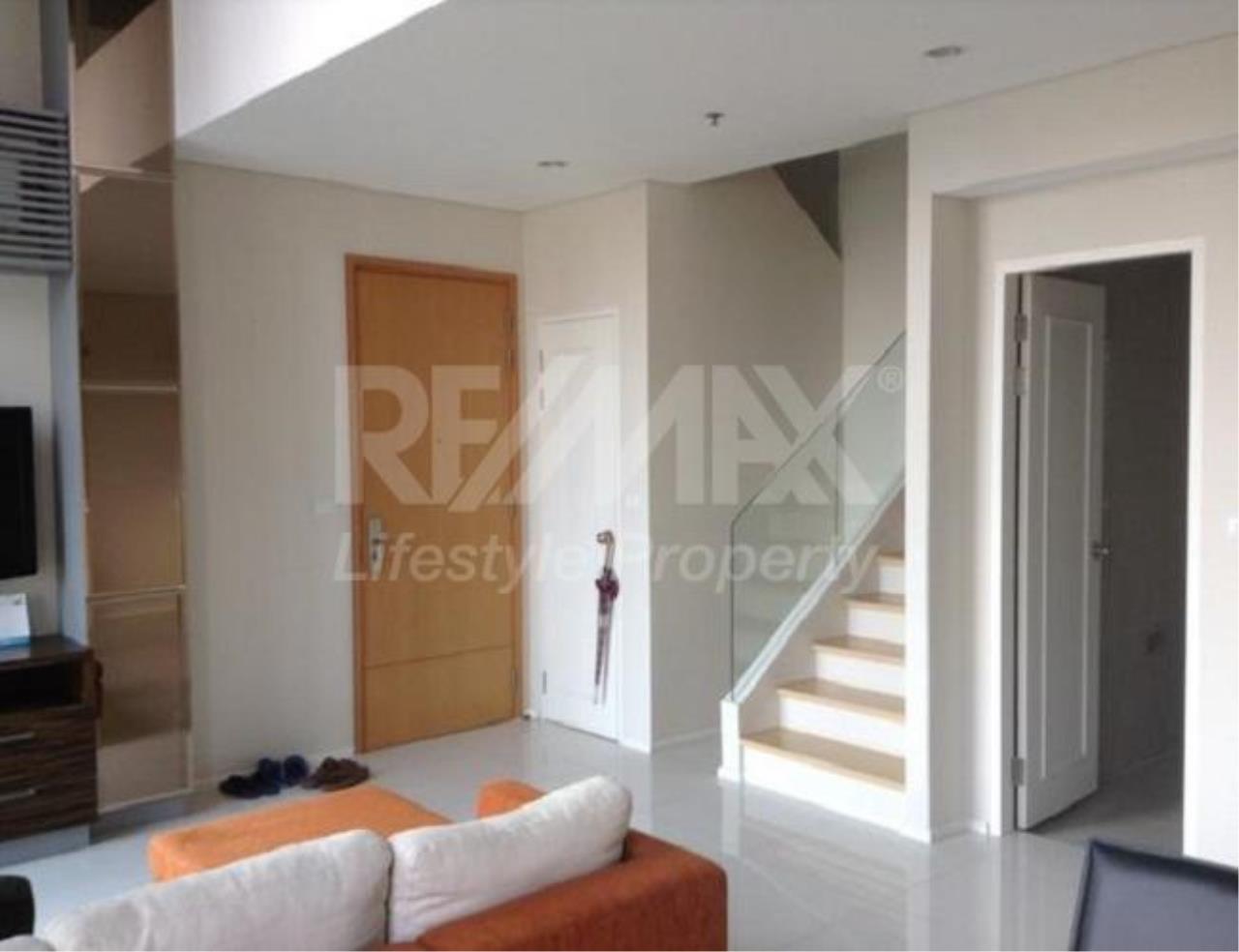 RE/MAX LifeStyle Property Agency's Villa Asoke 2