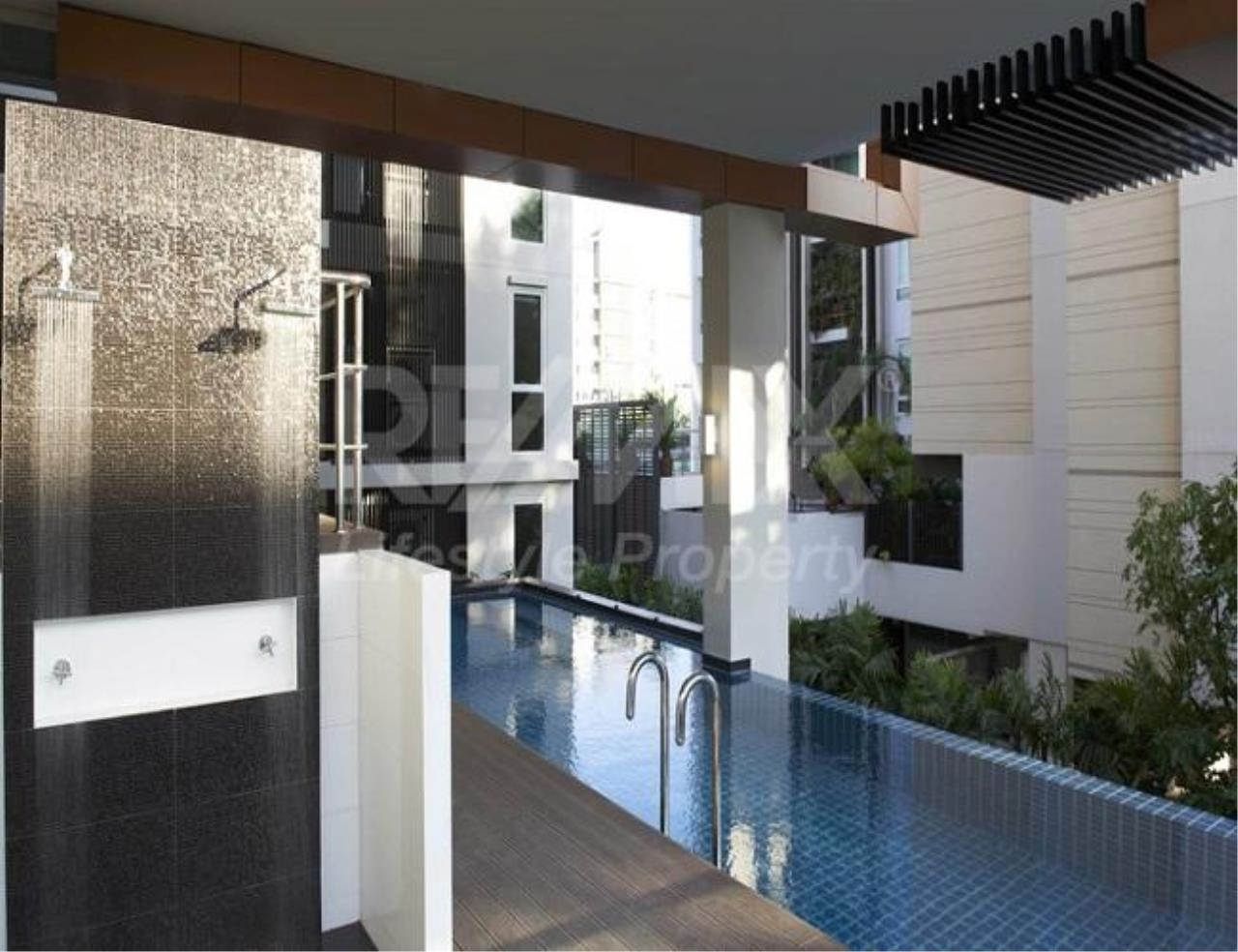 RE/MAX LifeStyle Property Agency's Tree Condo LUXE Sukhumvit 52 7