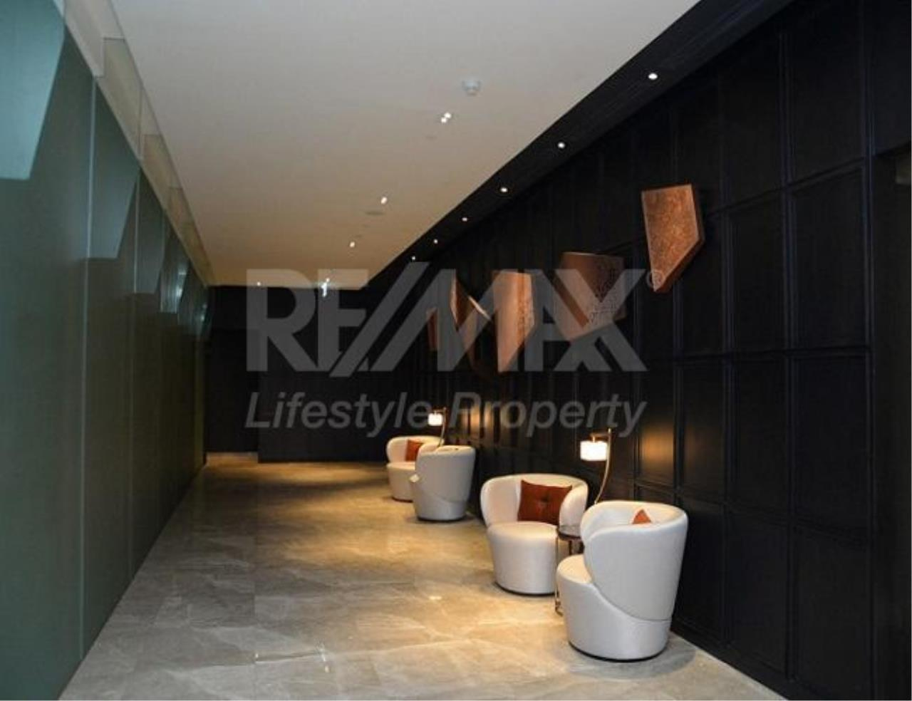 RE/MAX LifeStyle Property Agency's The Room Sathorn-St.Louis 6