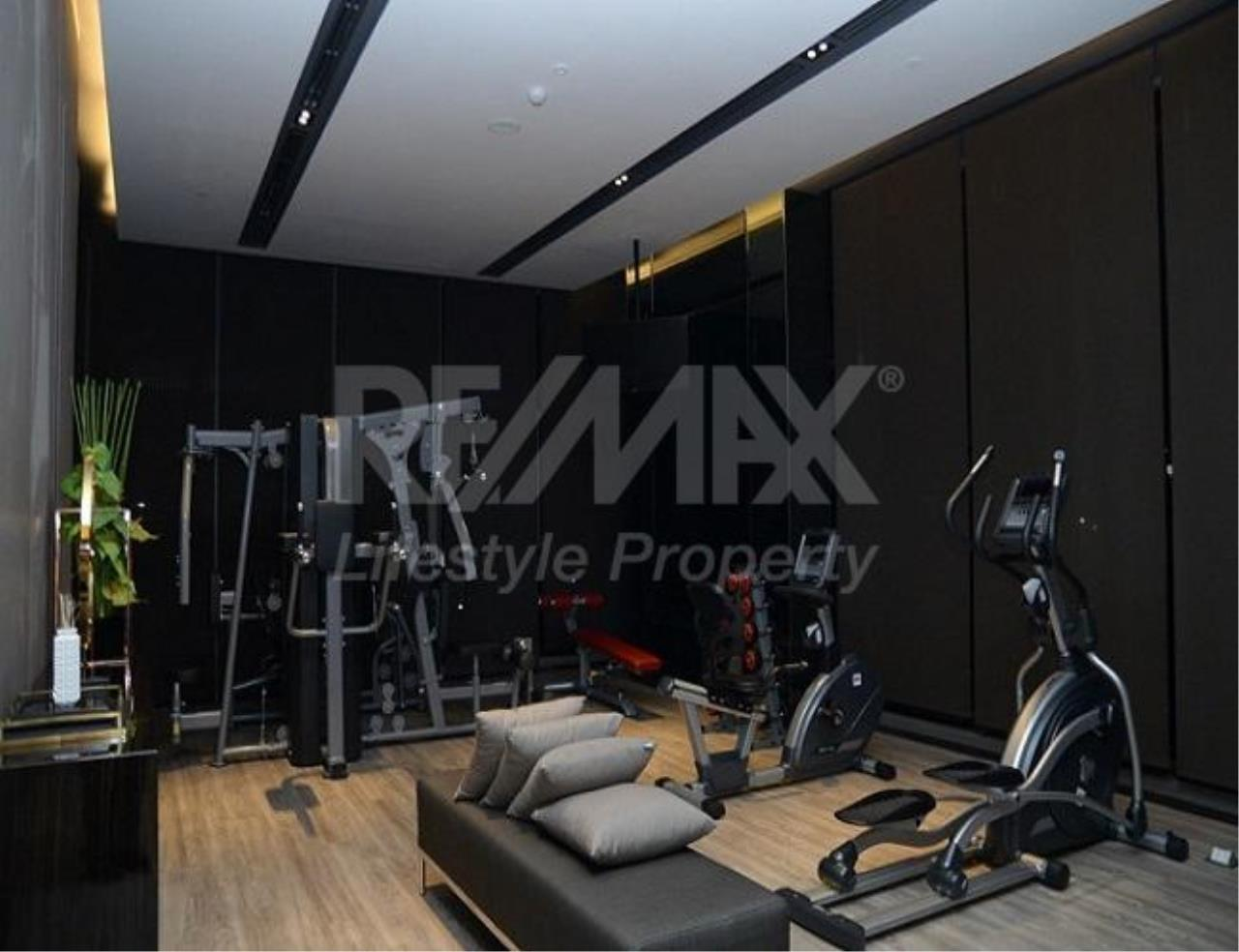 RE/MAX LifeStyle Property Agency's The Room Sathorn-St.Louis 8