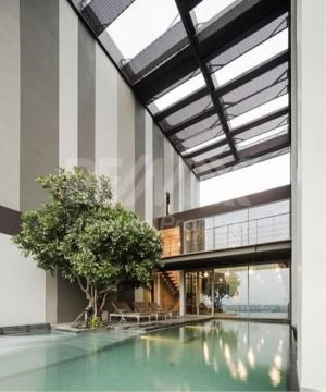 RE/MAX LifeStyle Property Agency's Ideo Morph 38 12
